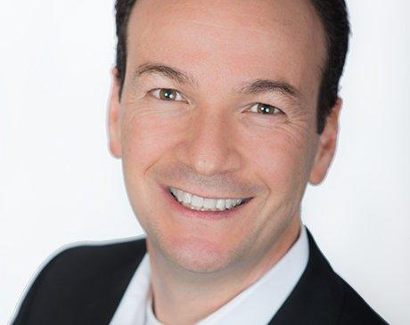 Dr. Nino Perrotta